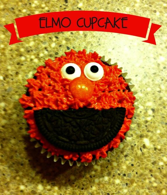 Elmo Cupcake 010